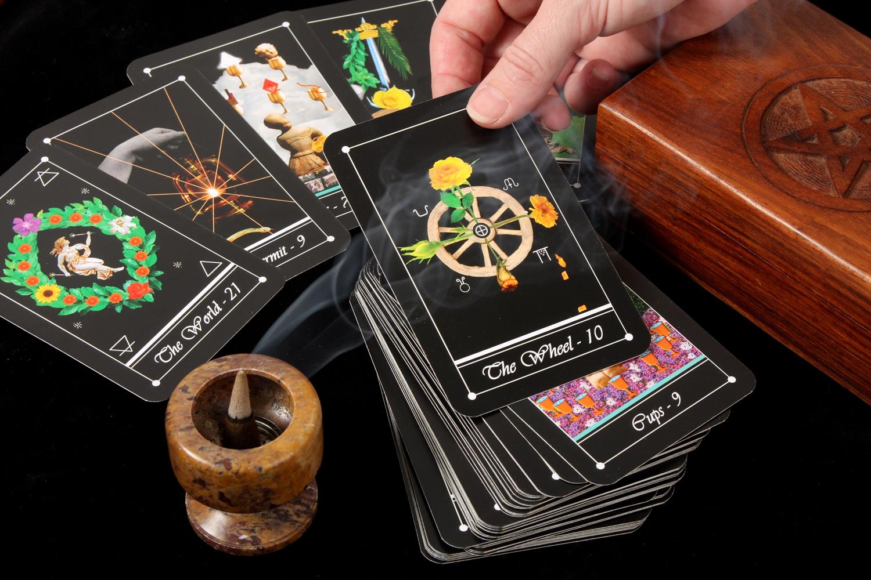 kártyajóslás
